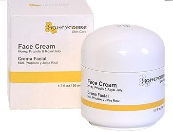 Royal jelly facial treatment