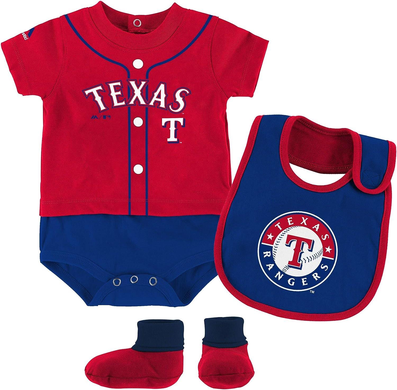Bib Outerstuff MLB Newborn Infants Tiny Player Creeper and Bootie Set