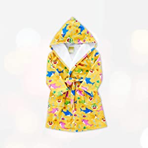LinoNino Shark Family Hooded Bathrobe for Kids, HD Printed with Pocket, Made in Europe (Yellow, 4-6T)