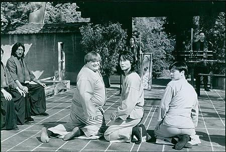 Vintage foto de Chris Farley y Robin Shou en una escena de ...