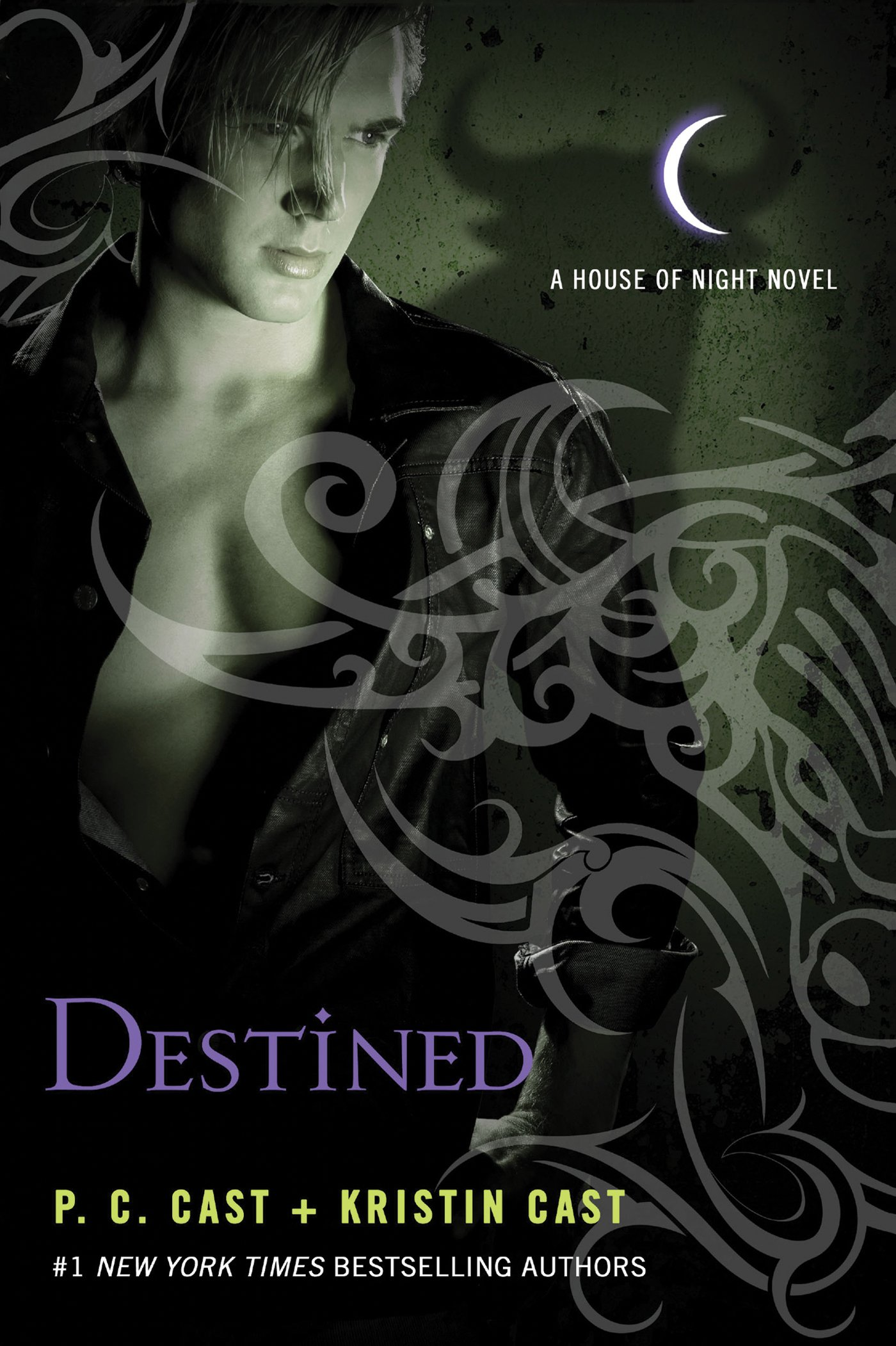 Amazon.com: Destined (House of Night Novels) (9780312387983 ...