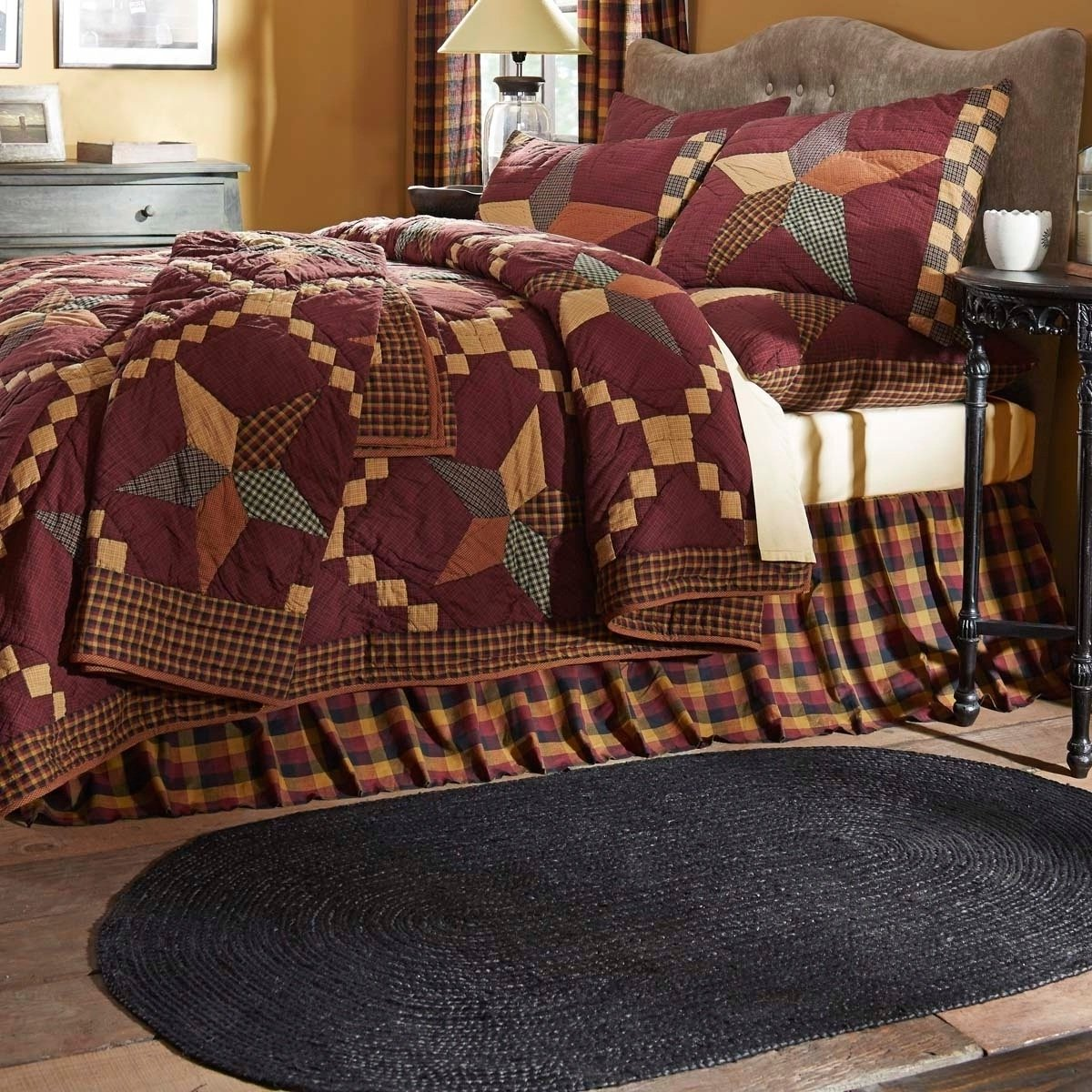 1 Piece Queen, Eye-Catching Western Classic Patchwork Pattern Quilt, Contemporary Rustic, Abstract Check Design, Unique Border Plaid Themed, Gorgeous Reversible Bedding, Black, Burgundy, Yellow Color