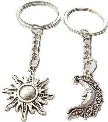 Amazon.com: Sol Luna Keychains, juego de parejas Llavero ...