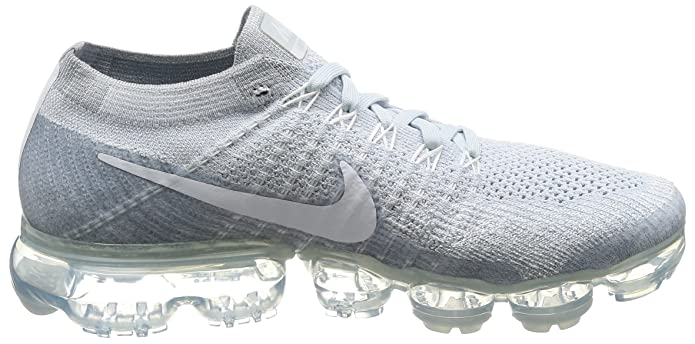 best cheap 7bcc5 8cd9b Amazon.com   Men s Nike Air Vapormax Flyknit Running Shoe   Fashion Sneakers