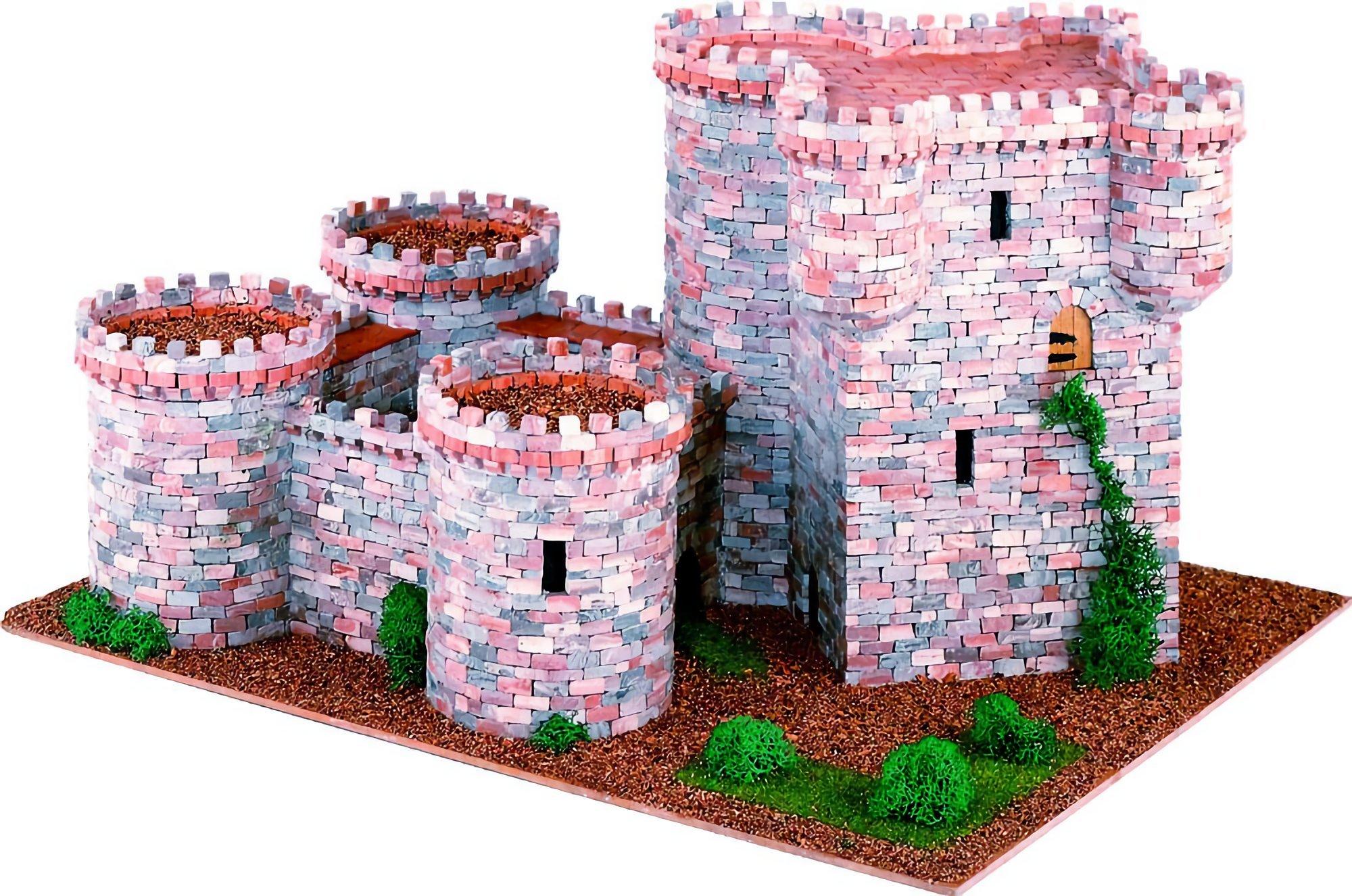 Castle (Castellum) 3 - premium model diorama kit by Domus