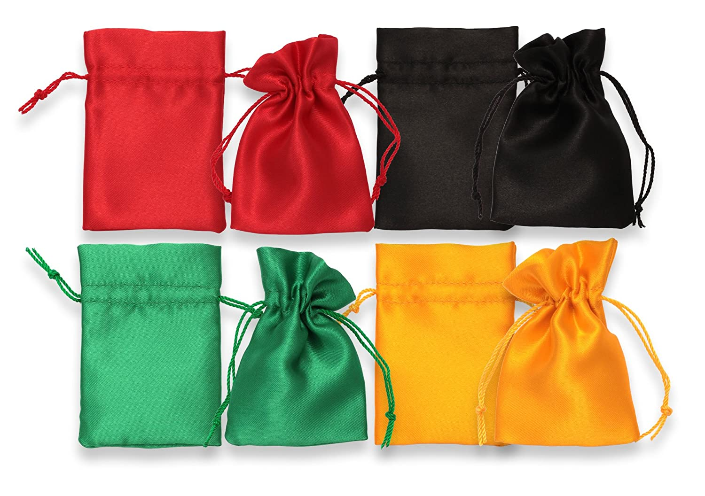 4 Satin Geschenk Beutel – klein: ca. 60 mm x 84 mm. Farben wie ...