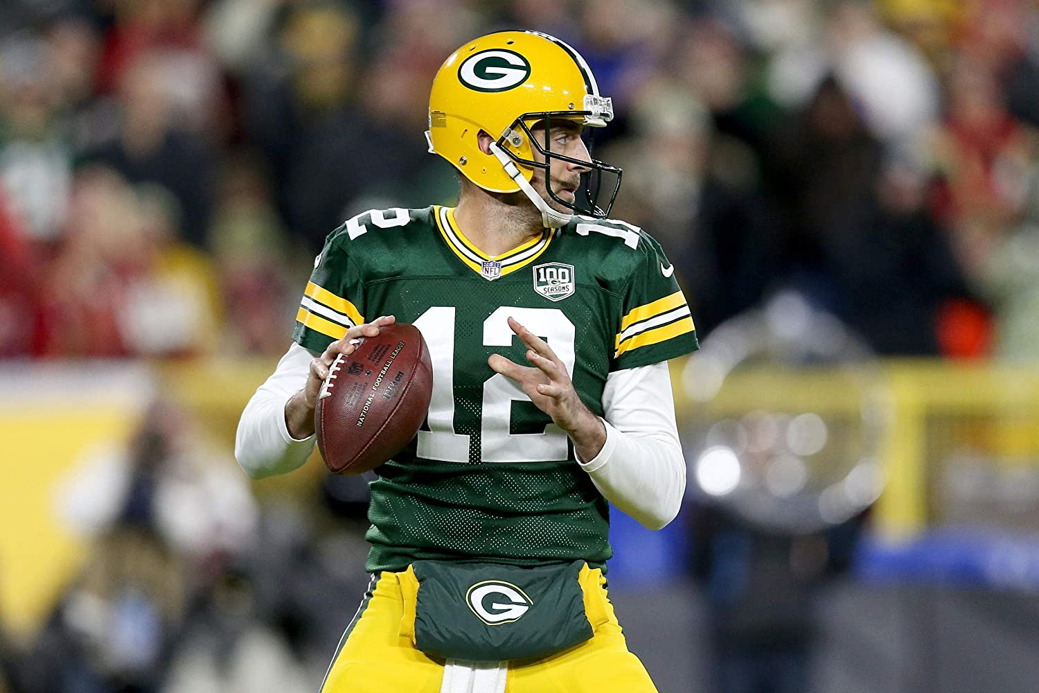 Aaron Rodgers Green Bay Packers Poster Print, American Football Player, Aaron Rodgers Decor, Real Player, Posters for Wall, Canvas Art, ArtWork SIZE 24''x32'' (61x81 cm)