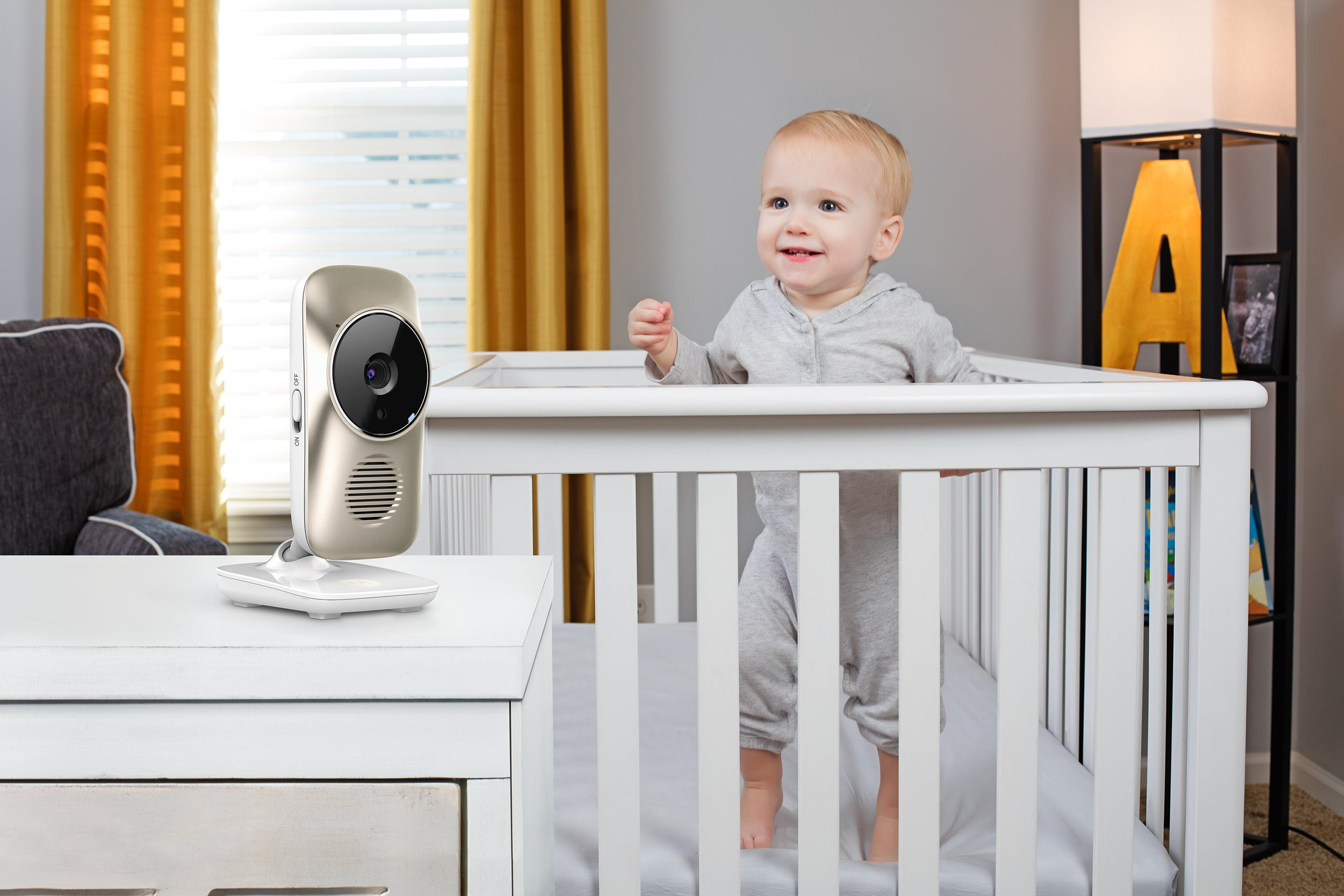 Motorola MBP845CONNECT-2 5'' Video Baby Monitor with Wi-Fi Viewing, 2 Cameras, Digital Zoom, Two-Way Audio, and Room Temperature Display by Motorola Baby (Image #5)