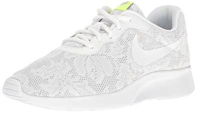 size 40 c4039 7a711 Nike Women's WMNS Tanjun Eng Trainers, (White/Pure Platinum/Racer Pink)
