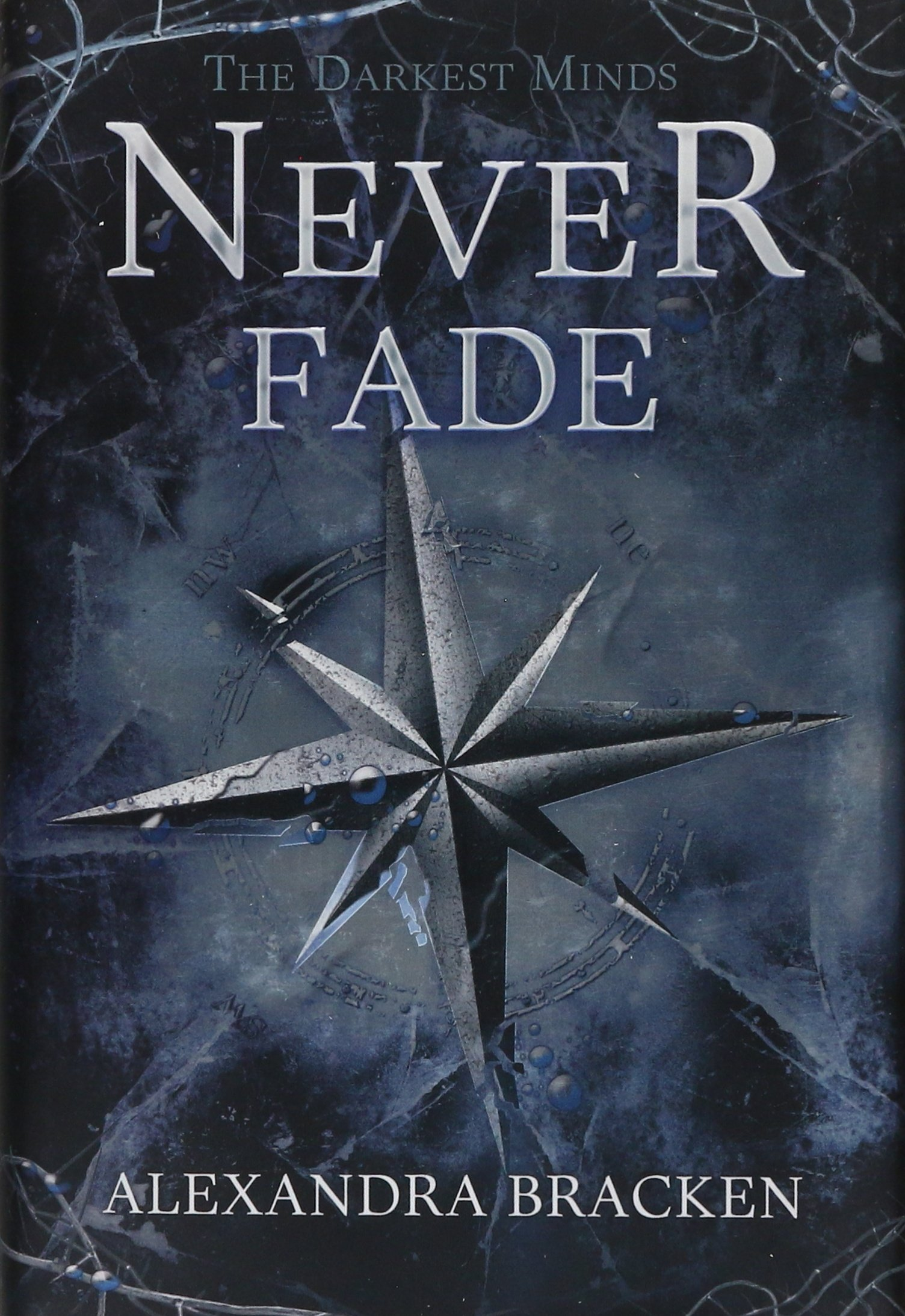 Amazon: The Darkest Minds Never Fade (a Darkest Minds Novel)  (9781423157519): Alexandra Bracken: Books