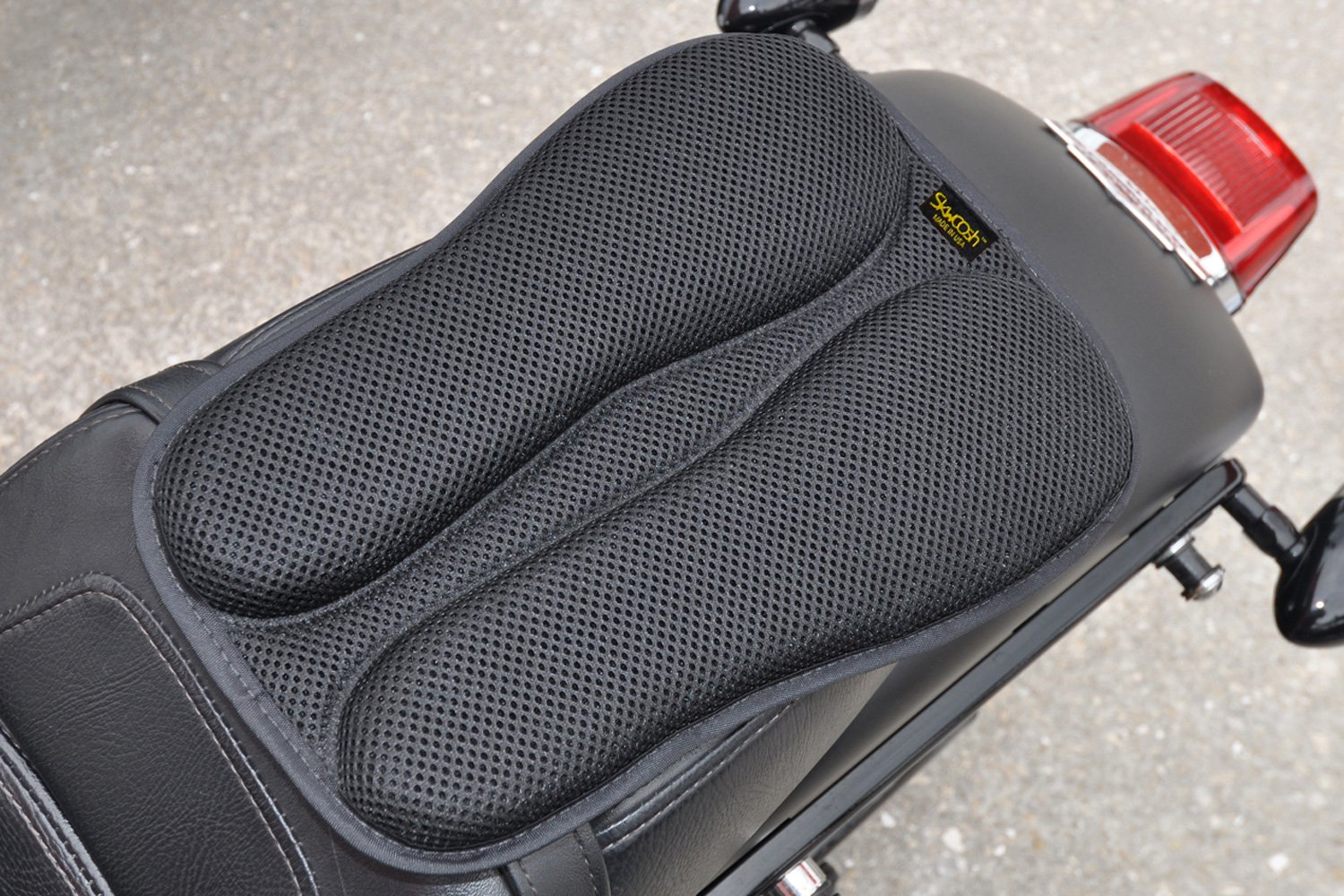 SKWOOSH Passenger Pillion IV Motorcycle Gel Rear Seat Pad with Breathable Cooling Mesh Fabric | Made in USA by Skwoosh