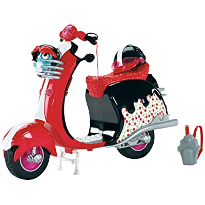 Monster High Ghoulia Yelps Scooter Vehicle: Toys & Games