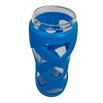Vidrio, limpio botella de agua con funda de silicona, sin tapa