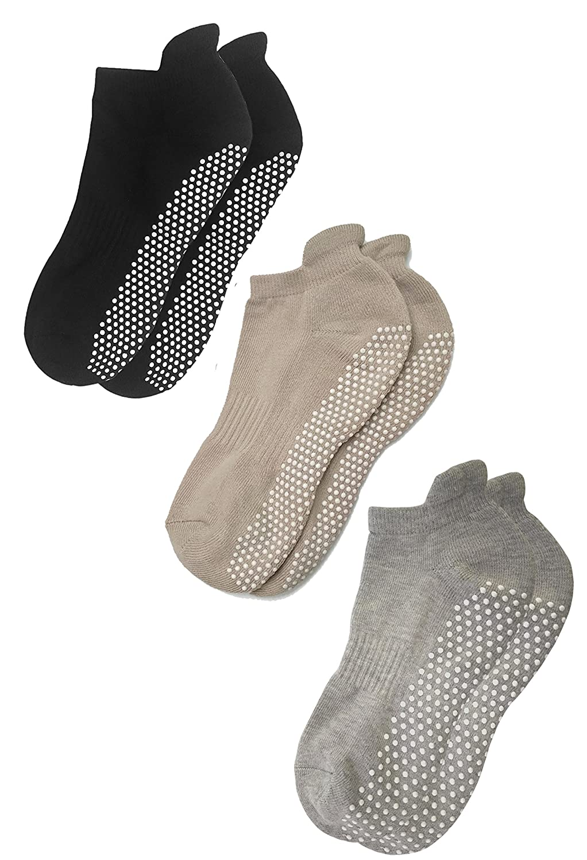 Deluxe Anti Slip Non Skid Barre Yoga Pilates Hospital Socks with grips for Adults Men Women …