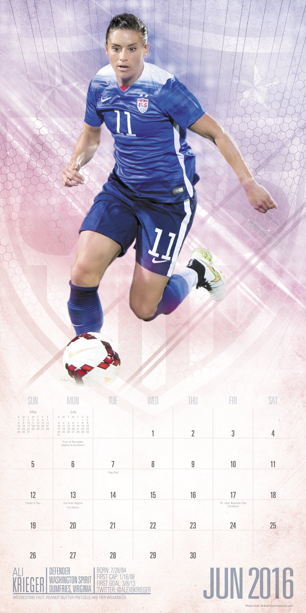 U.S. Women's National Soccer Team Wall Calendar (2016): Day Dream:  9781629055480: Amazon.com: Books