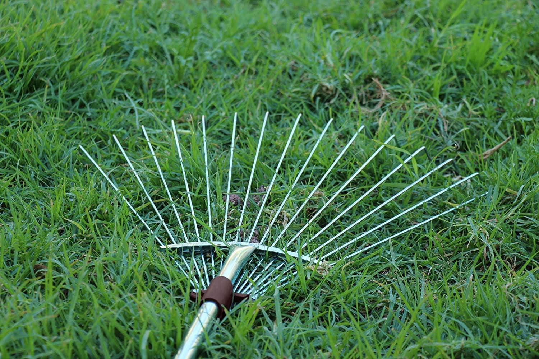 Winslow/&Ross Artificial Turf Rake Grass Broom Hand Rake with Steel Telescopic Handle for Artificial Grass Pet Hair Remove
