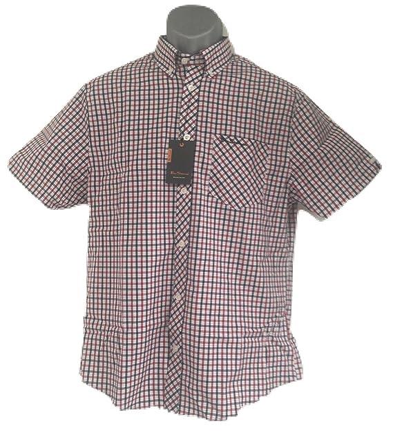 Ben Sherman - Camisa Casual - Cuadrados - con Botones - Manga Corta - para  Hombre Azul Azul Profundidades Large  Amazon.es  Ropa y accesorios 95eb716519201