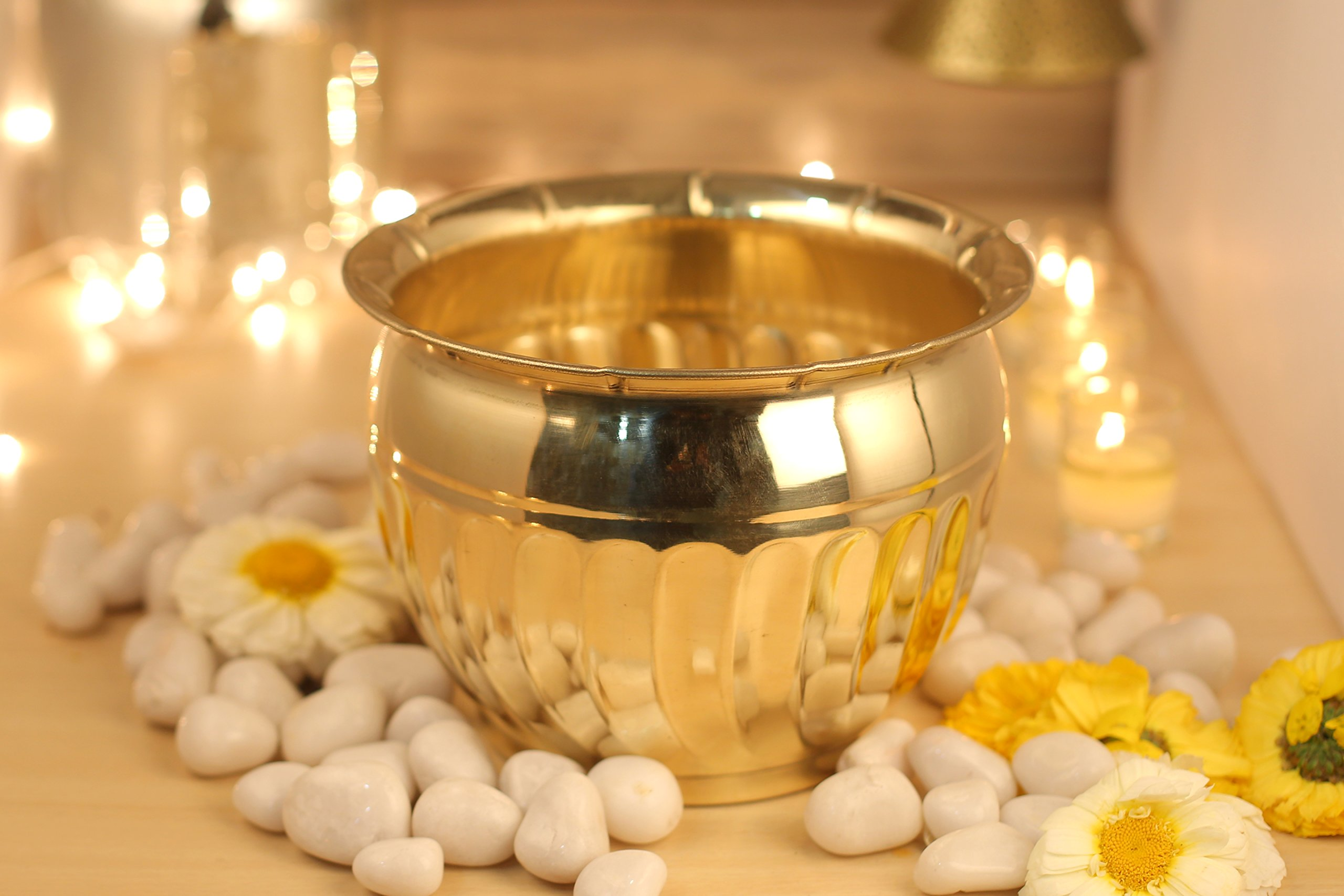 Aatm Decorative & Attractive Brass Round Planter/Size 7 Inch    Best Use for Home Decoration/Office/ Hotel/Restaurant   