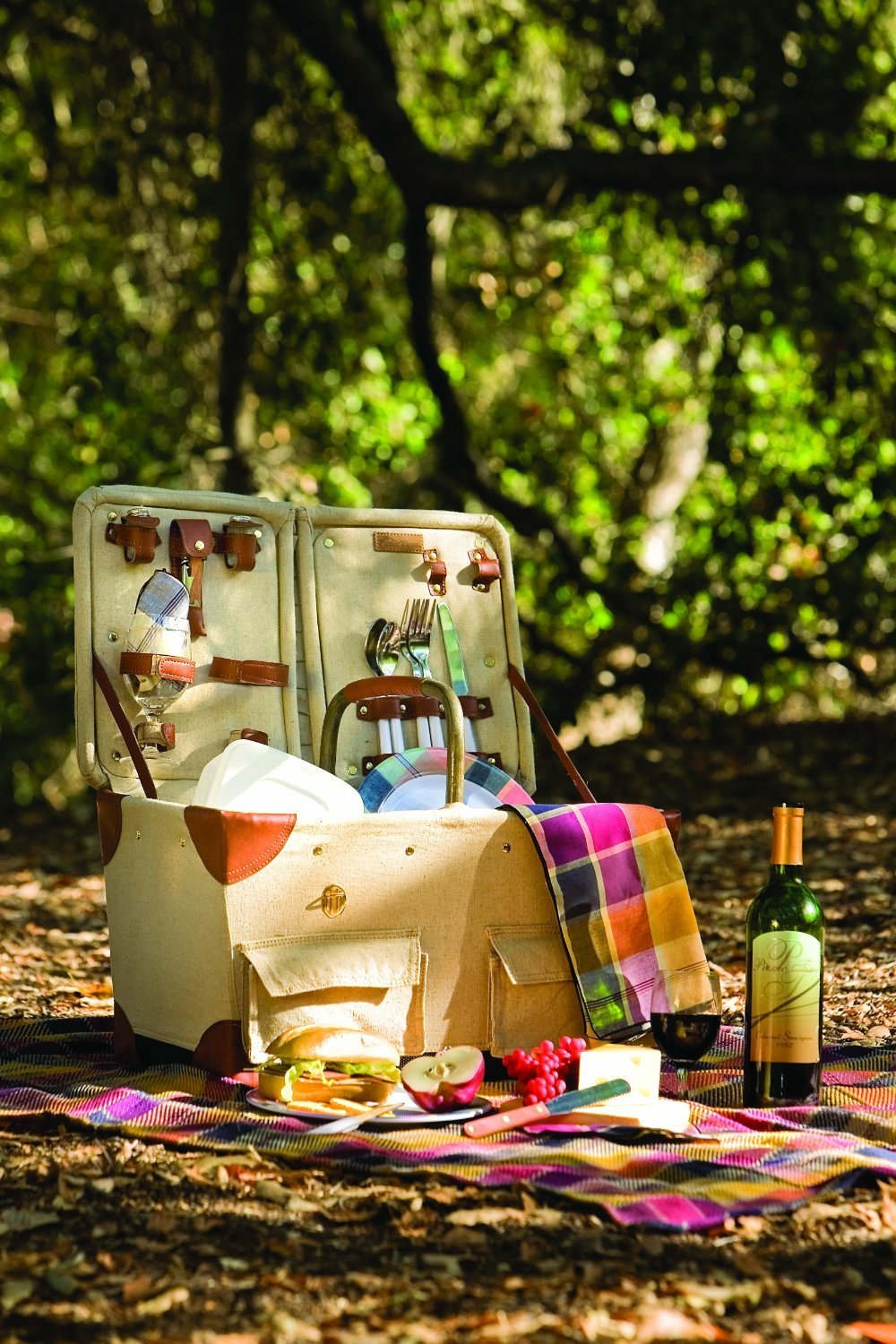Picnic Time Pioneer Original Design Picnic Basket with Deluxe Service for Two, Tan/Navy