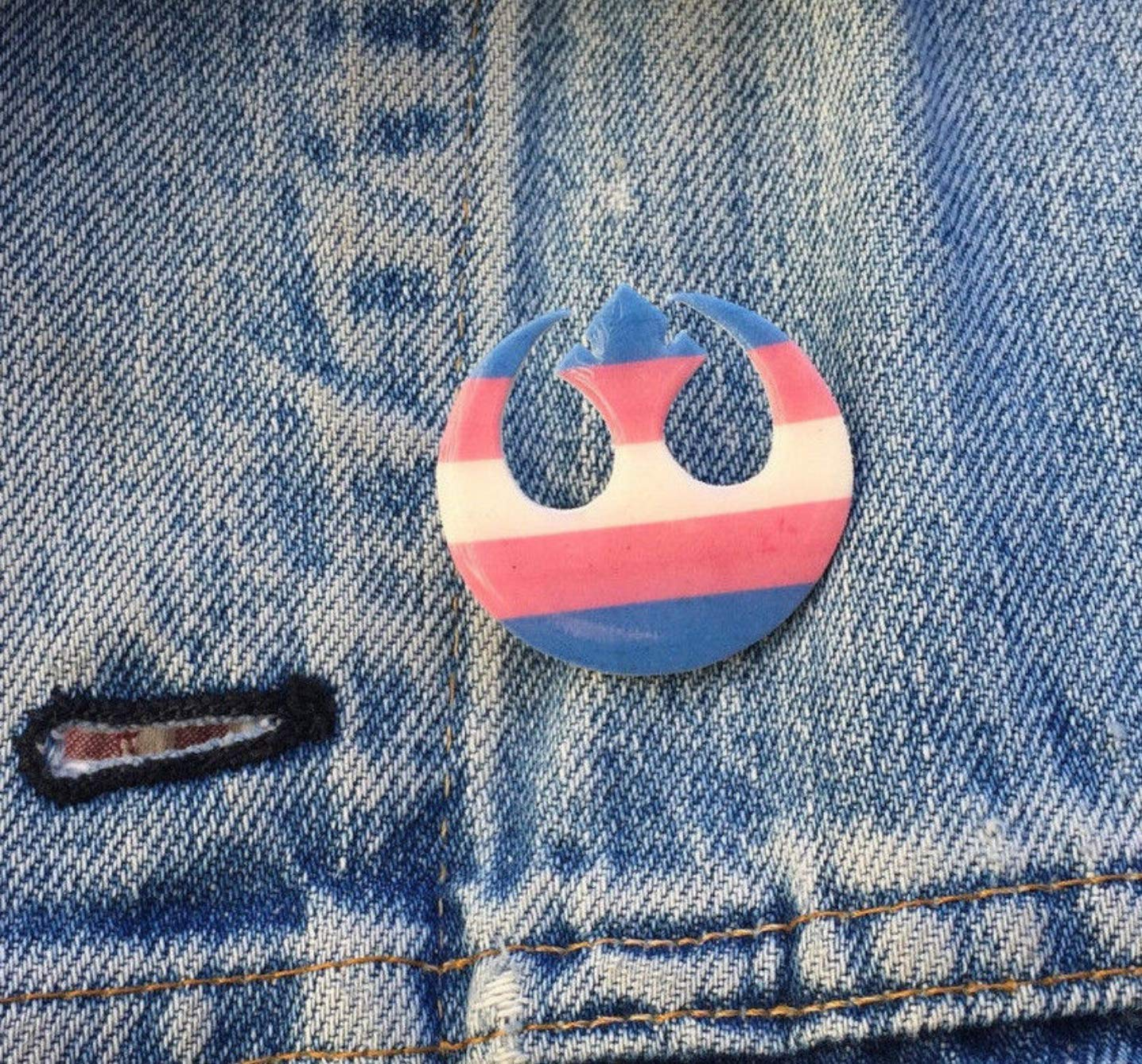 13a75f18bd574 Amazon.com: Star Wars Rebel Alliance Transgender Flag Ally Pride Pin ...