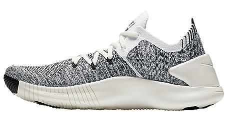 ee774aa6597c5 Amazon.com  Nike Womens Free Tr Flyknit 3 Womens 942887-101 Size 5.5   Sports   Outdoors
