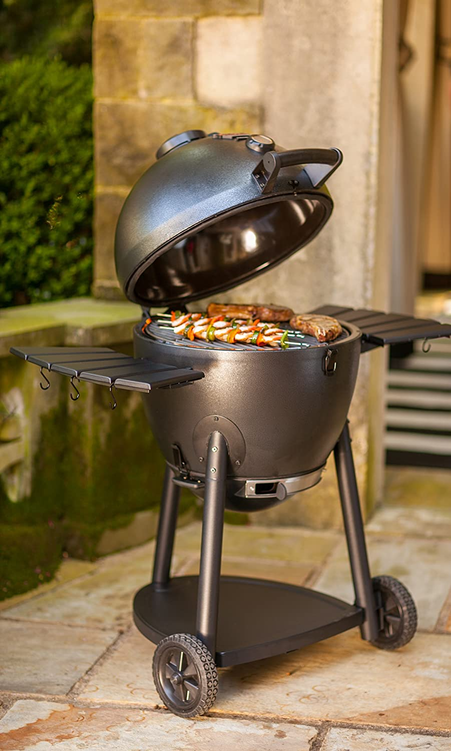 Amazon char griller 16620 akorn kamado kooker charcoal amazon char griller 16620 akorn kamado kooker charcoal barbecue grill and smoker black garden outdoor dailygadgetfo Images