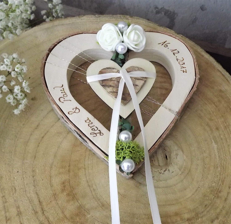 corazón de madera titular del anillo para anillos de boda con nombres de boda: Amazon.es: Handmade
