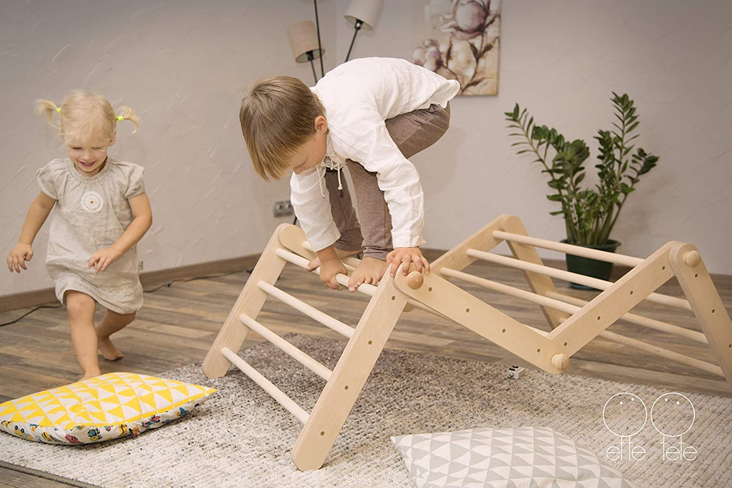 climbing structure Modifiable Pikler triangle Mopitri freestanding climber