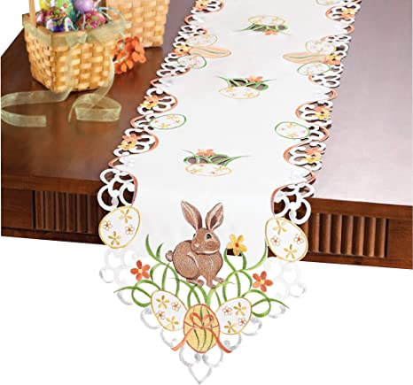 Amazon Com Collections Etc Easter Bunny And Eggs Table Linens Runner Kitchen Dining