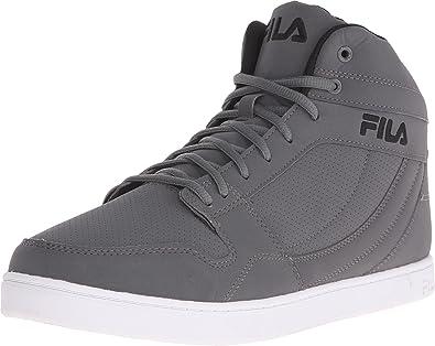 a71092e91262 Fila Men s Fairfax Casual Sneakers