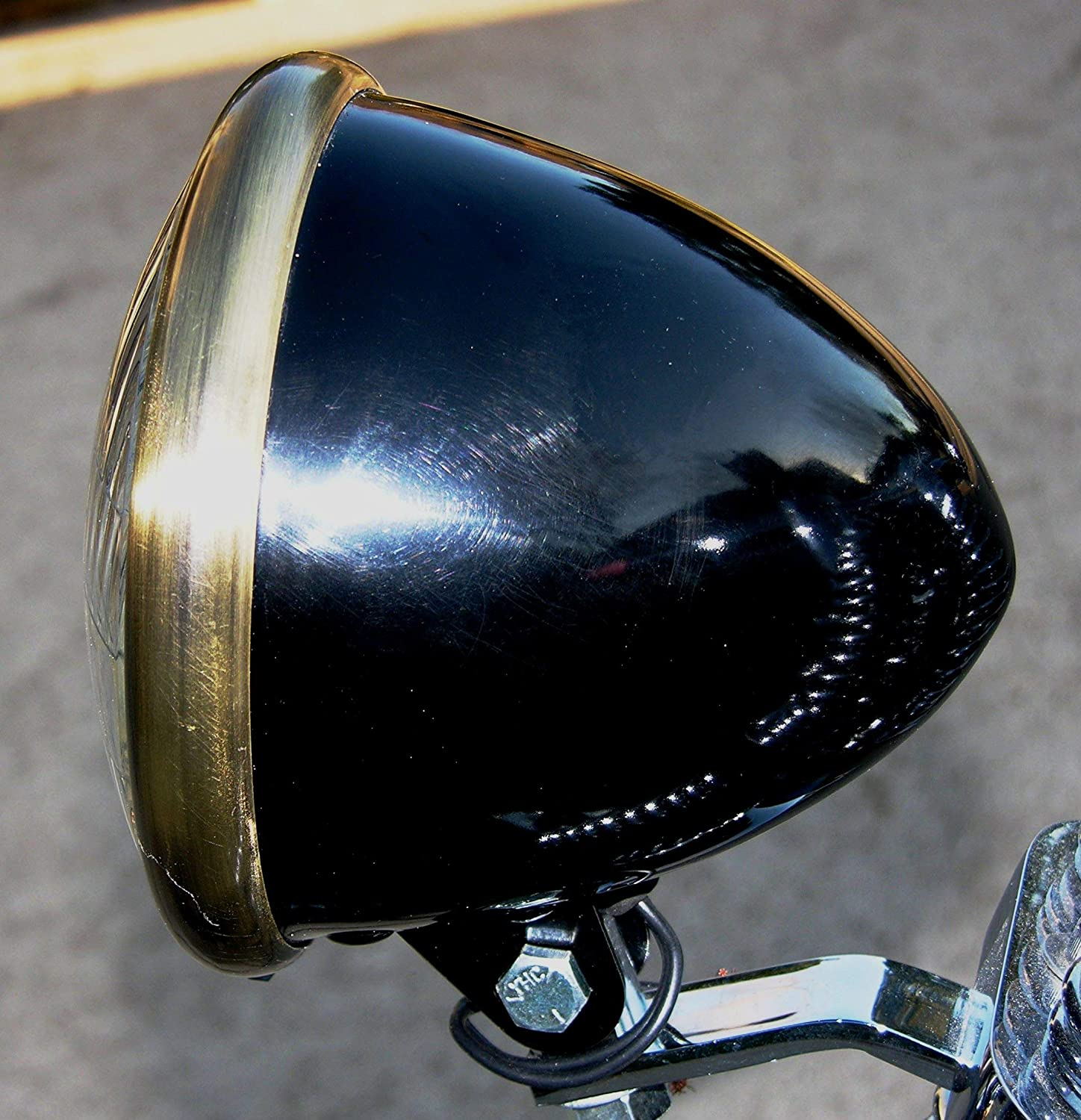 "Black Powder Coated 5-3//4/"" Headlight with Antique Copper Finished Trim Ring"