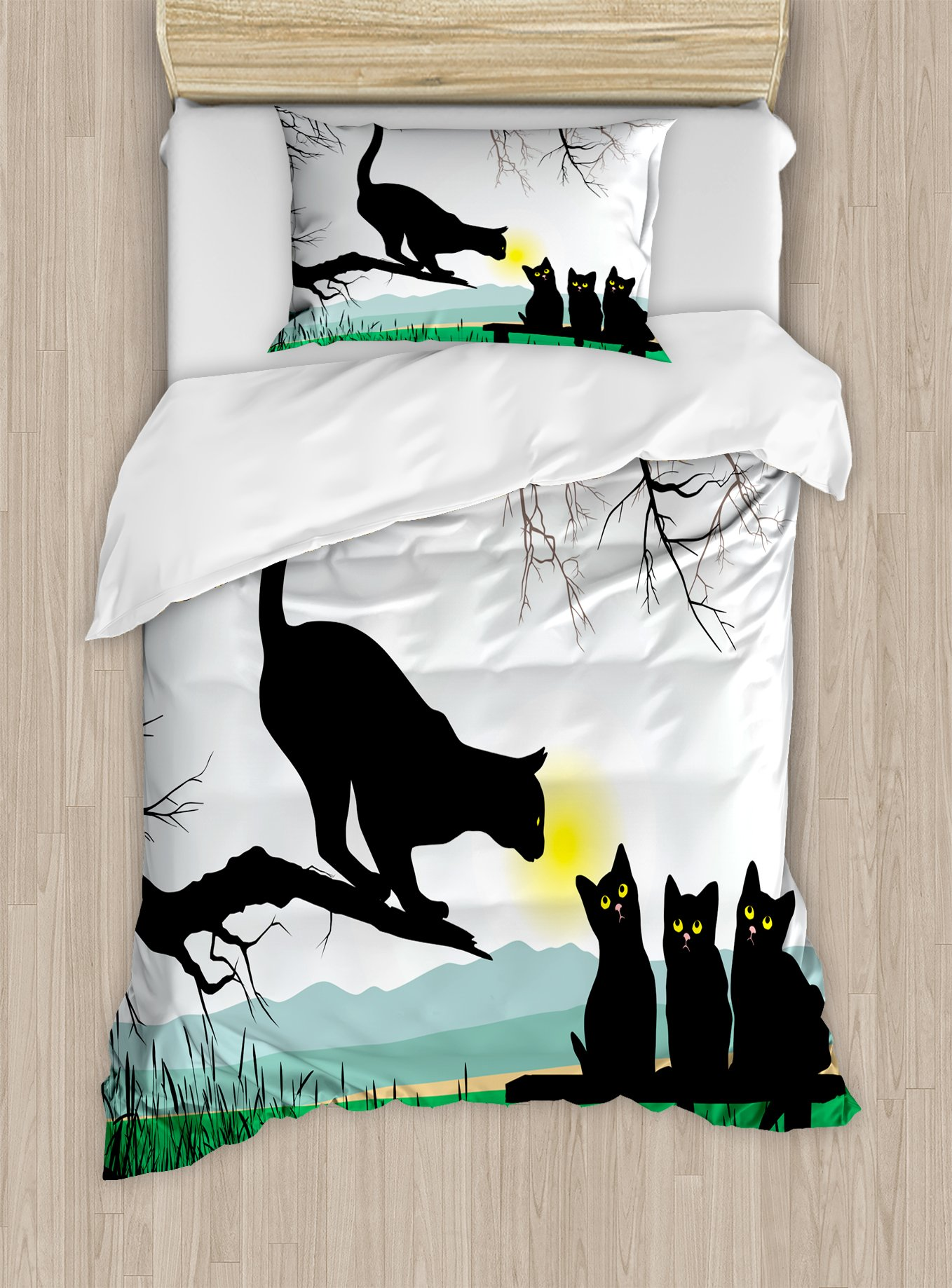 Ambesonne Cat Duvet Cover Set Twin Size, Mother Cat on Tree Branch and Baby Kittens in Park Best Friends I Love My Kitty Graphic, Decorative 2 Piece Bedding Set with 1 Pillow Sham, Multi