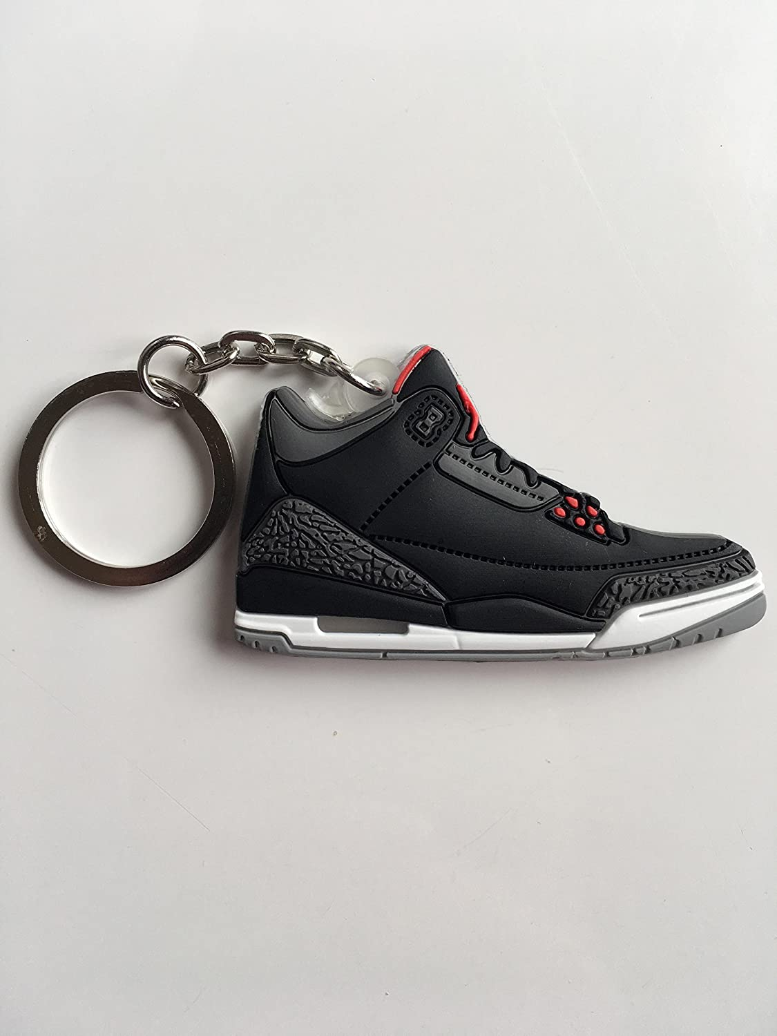 new concept 2b6c8 734fe Amazon.com : Jordan Retro 3 Black Cement Sneaker Keychain ...