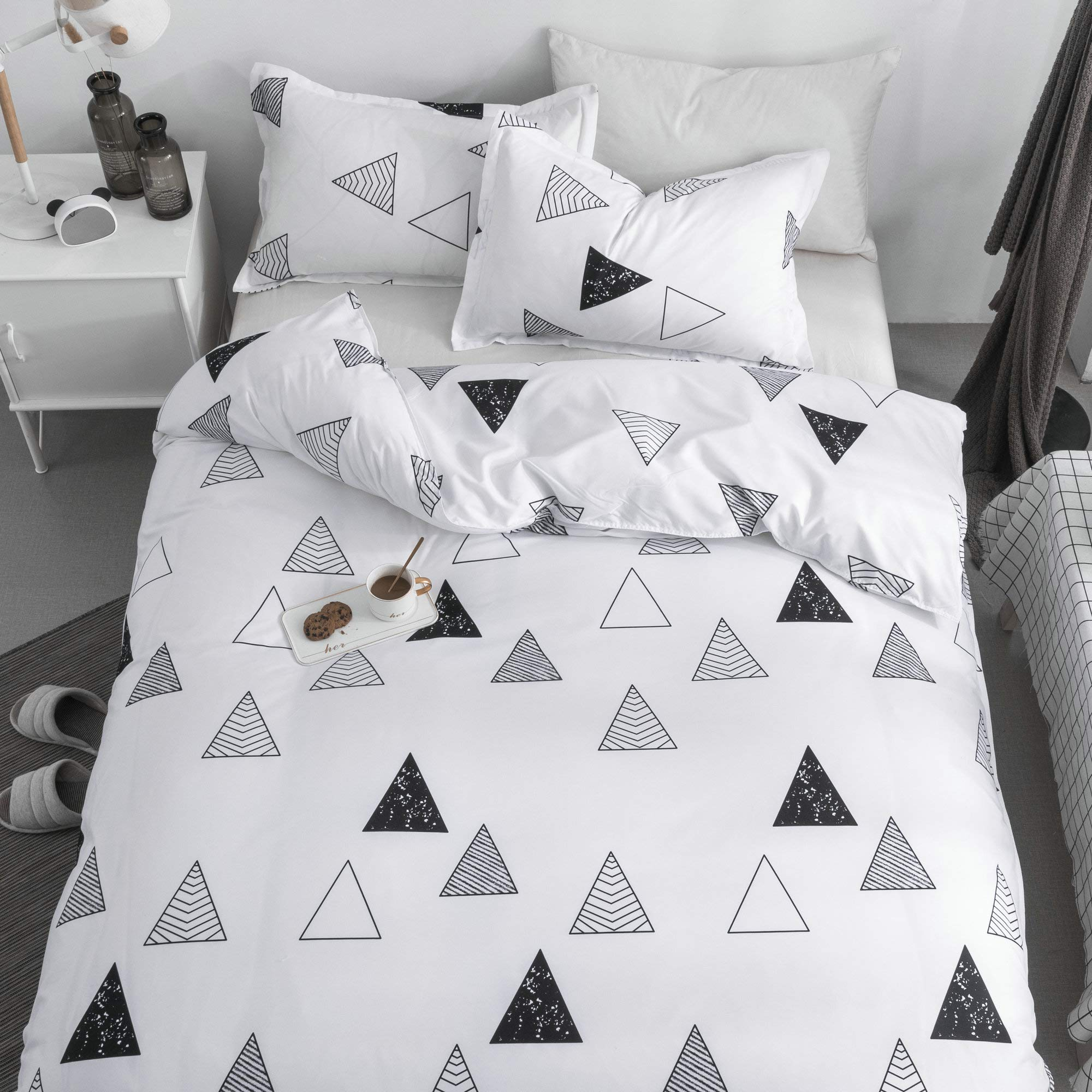 KFZ Triangle Geometry White Duvet Cover Set, 3PCS Twin Bed Set Size with One Comforter Cover (Without Duvet Insert),2 Pillowcases in Standard Size, Modern Themed, Breathable Bed Set for Kids Teenagers