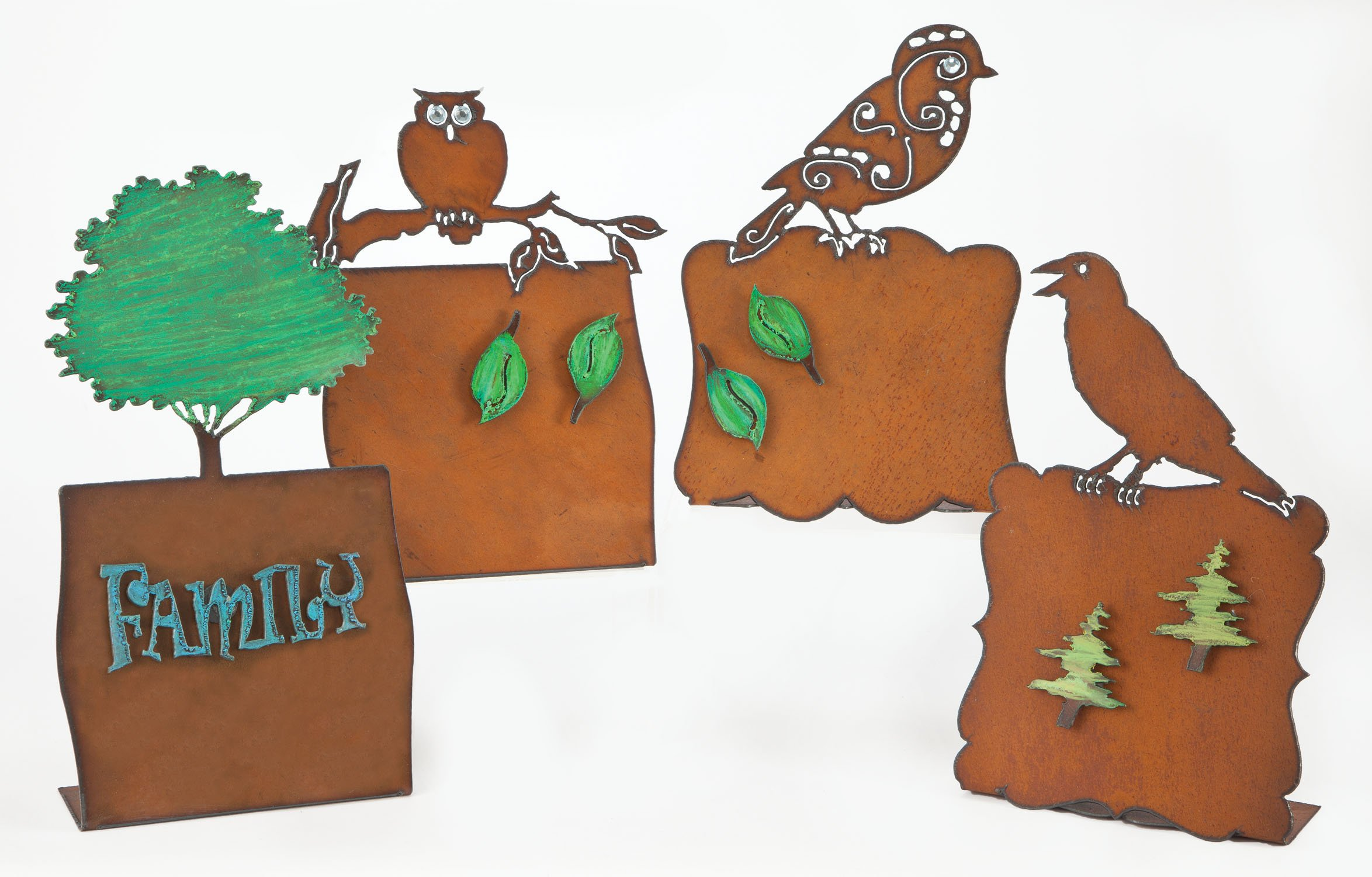 10'' Rust Owl Frame With 2 Leaves Magnets And Crystals