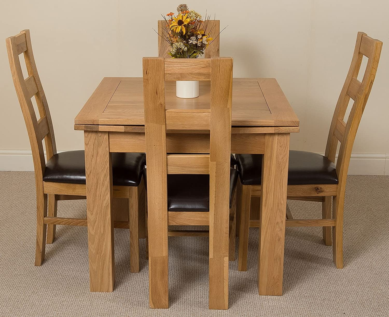 Richmond Small Extending Solid Oak Dining Table 4 Leather Chairs 100