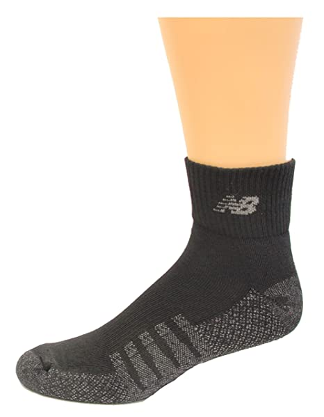 883423cb4e9e3 New Balance Cushioned Quarter Socks With Coolmax 2 Pair at Amazon Men's  Clothing store: