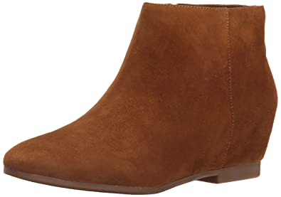 20182017 Boots Nine West Womens Towsley Leather Boot Store Online