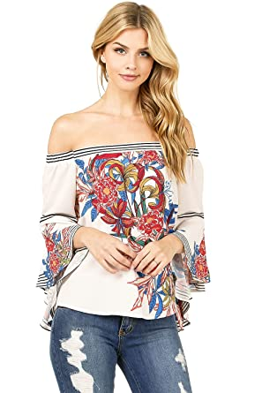 510b620ef77d8a Flying Tomato Women s Juniors Bell Sleeve Floral Print Top at Amazon ...