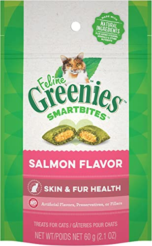 Greenies Feline SMARTBITES Healthy Skin and Fur, Chicken Salmon