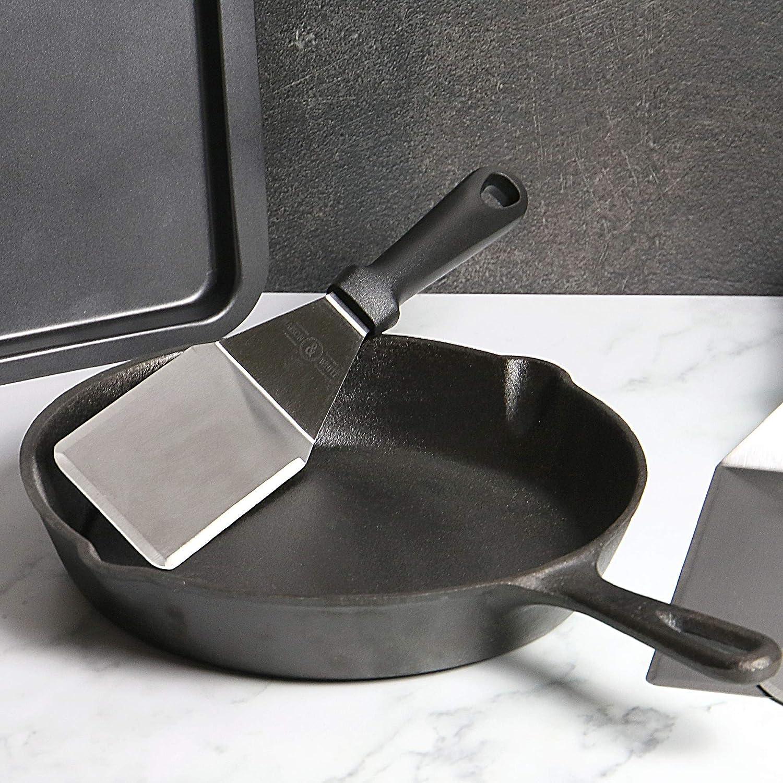 accessoires de gril en fonte M /& W 4pc Ustensiles assortis pour grillades en m/étal et retourneurs de barbecue Set spatule en acier inoxydable Plaque de cuisson d/érouleur de cr/êpe grattoir