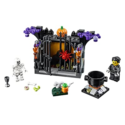 LEGO Holiday 6175449 Halloween Haunt 40260, Multi: Toys & Games