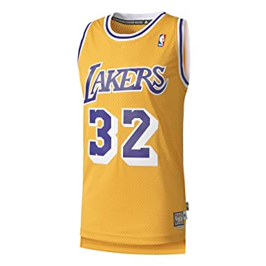1621fb5e8 adidas Men s Shirt Los Angeles Lakers Int Retired  Amazon.co.uk ...