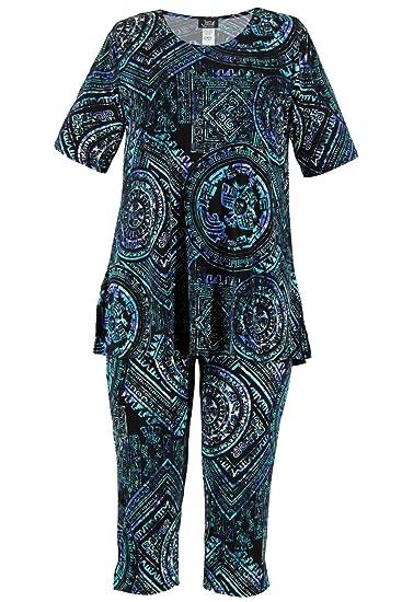 f120a56a8b1 Jostar Women s Stretchy Capri Pants Set Short Sleeve Plus Print 2XL Royal  Abstract