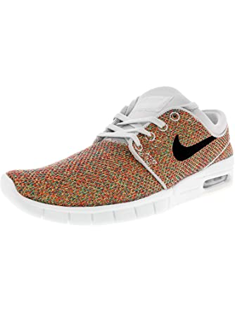 395513c389 Amazon.com: Nike SB Men's Stefan Janoski Max Black/White: Shoes