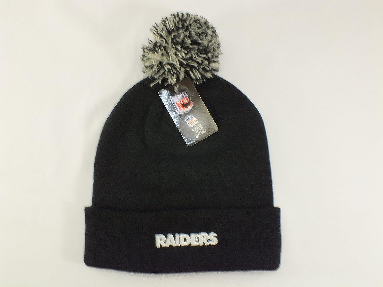 87b149c515477 Amazon.com   OAKLAND RAIDERS NFL CUFF BEANIE WITH POM POM   Sports    Outdoors