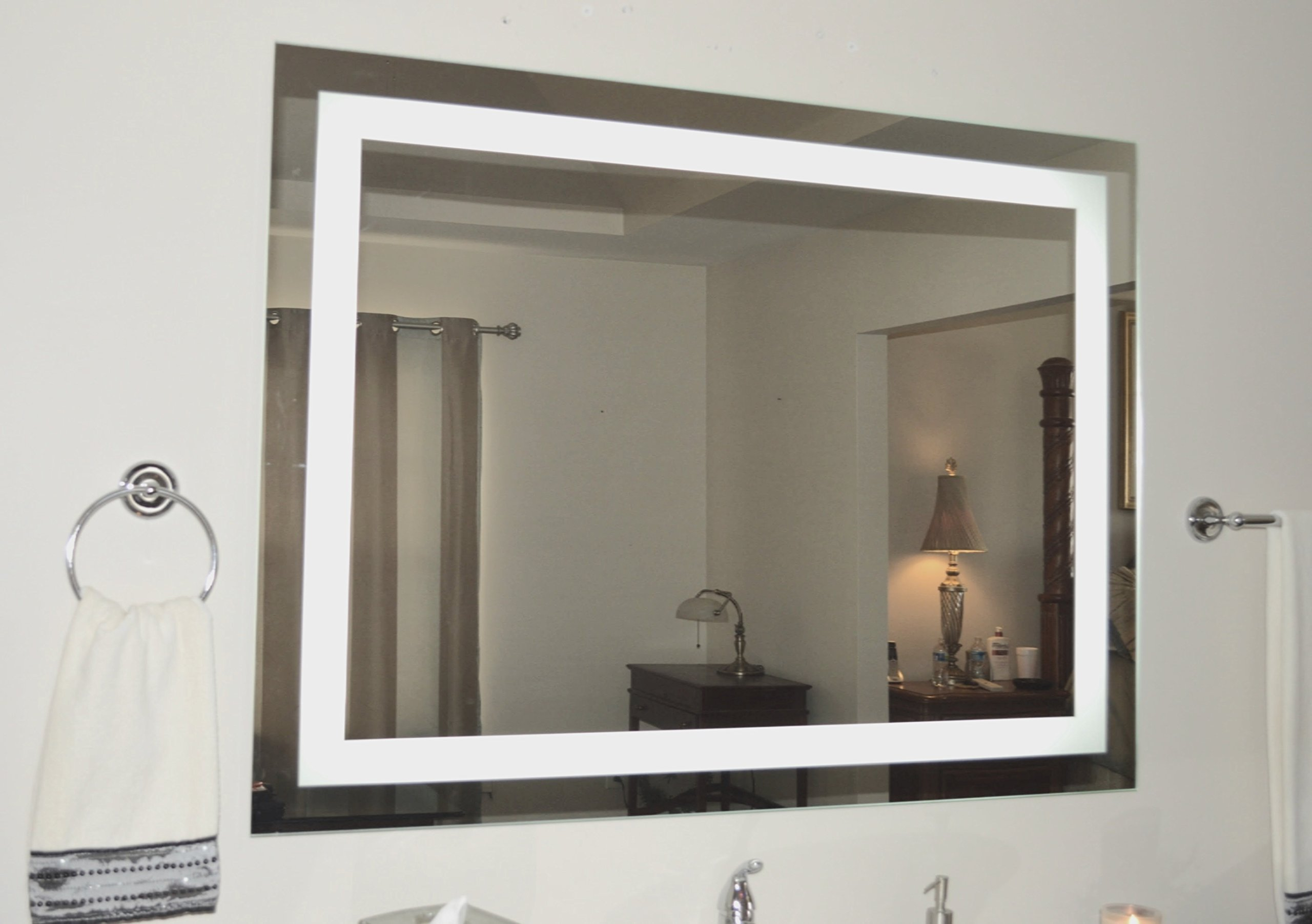 Mirrors and Marble Wall Mounted Lighted Vanity Mirror LED MAM85636 Commercial Grade