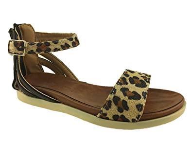 75454fae398 GIRLS SUMMER STRAPPY LEOPARD FLAT ZIP ADJUSTABLE SANDALS SIZE UK 10 -2.5   Amazon.co.uk  Shoes   Bags