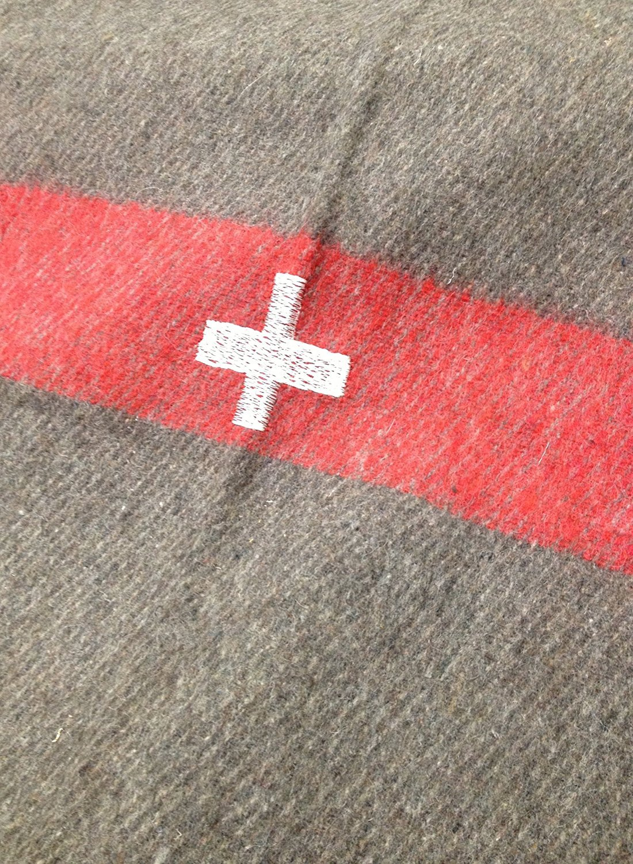 81da91411f Amazon.com  Swiss Army Reproduction Wool Blanket 60 x 84  Home   Kitchen