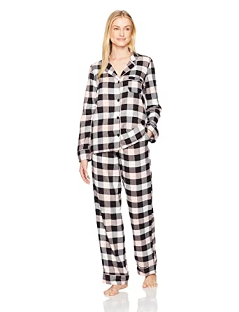 72bba523b5 Amazon Brand - Mae Women's Sleepwear Cozy Flannel Notch Collar Pajama Set,  Buffalo Plaid,